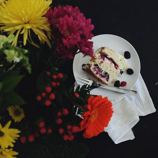 Layered Berry Sponge Cake