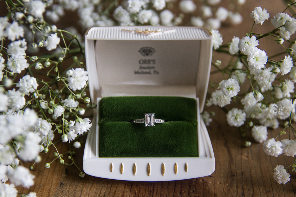 Vintage  Orr's Jewelers  ring box compliments of Etsy. Flowers by  Karrie Hlista Designs . Love the ring? Shop this design and more from  Ritani .
