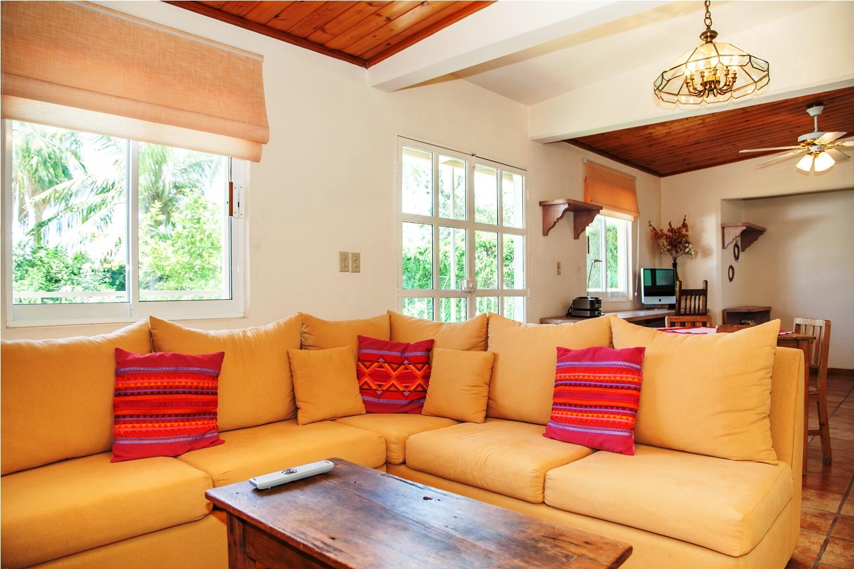 living-room-first-floor-casa-salamandra-la-paz-baja-sur.jpg