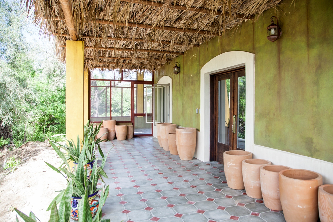 traditional-mexican-floors-historic-residence-el-triunfo-baja-sur-mexico.jpg
