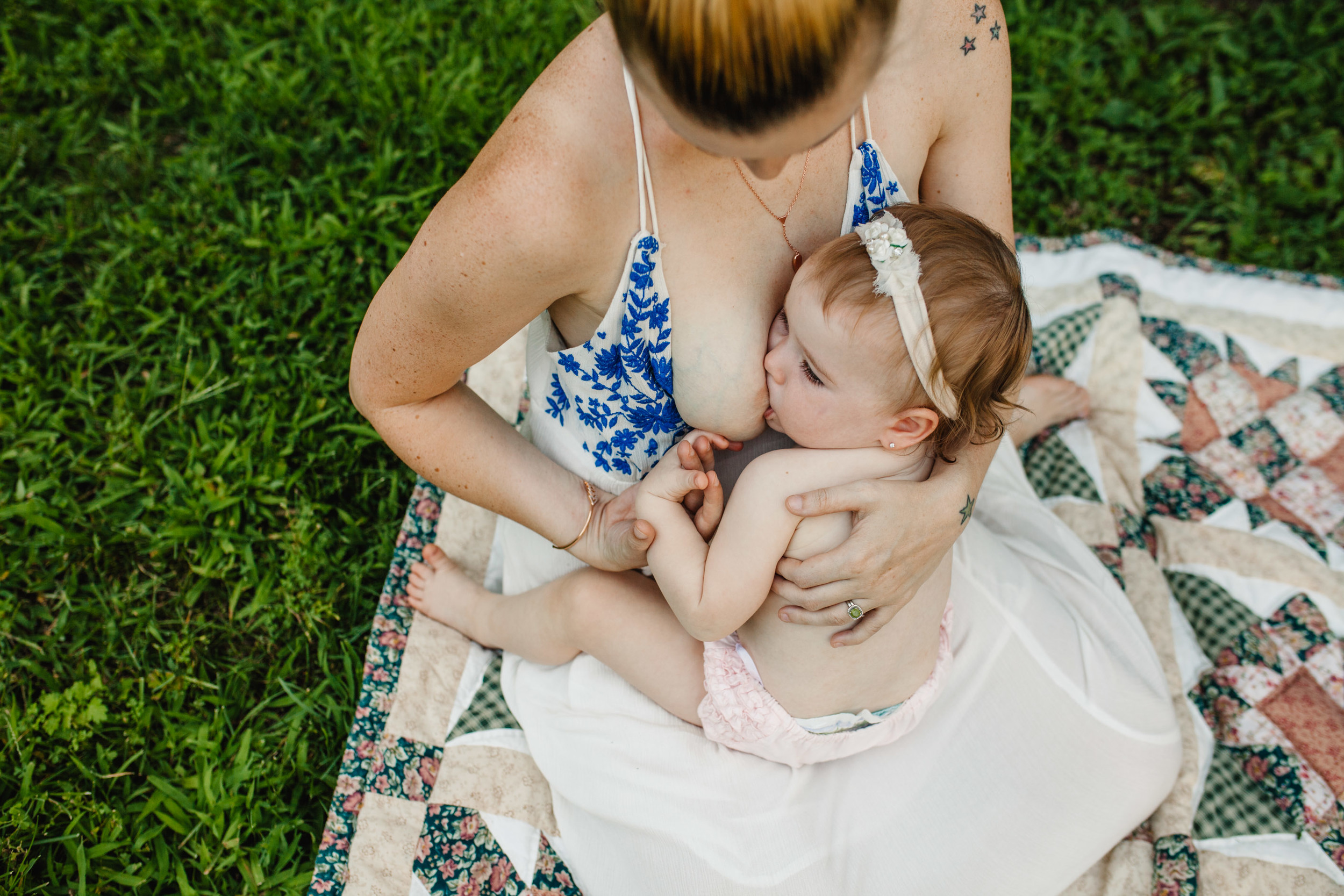 long island breastfeeding photographer | breastfeeding photography