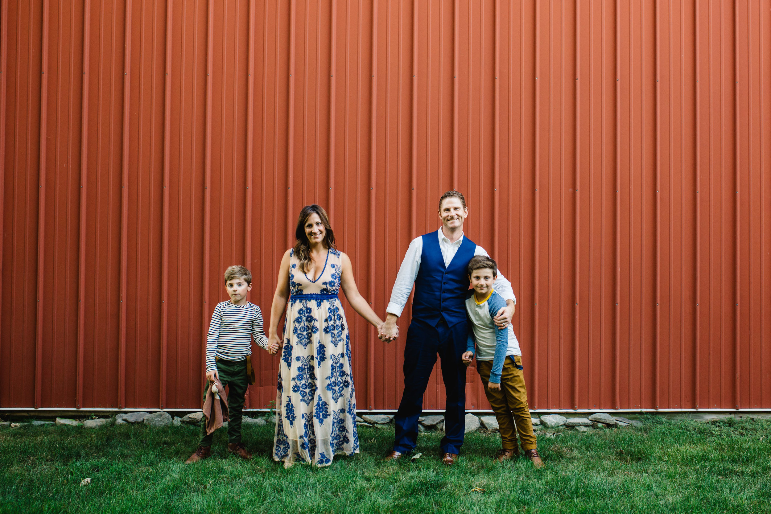 family portrait - lifestyle | Jennifer Tippett Photography