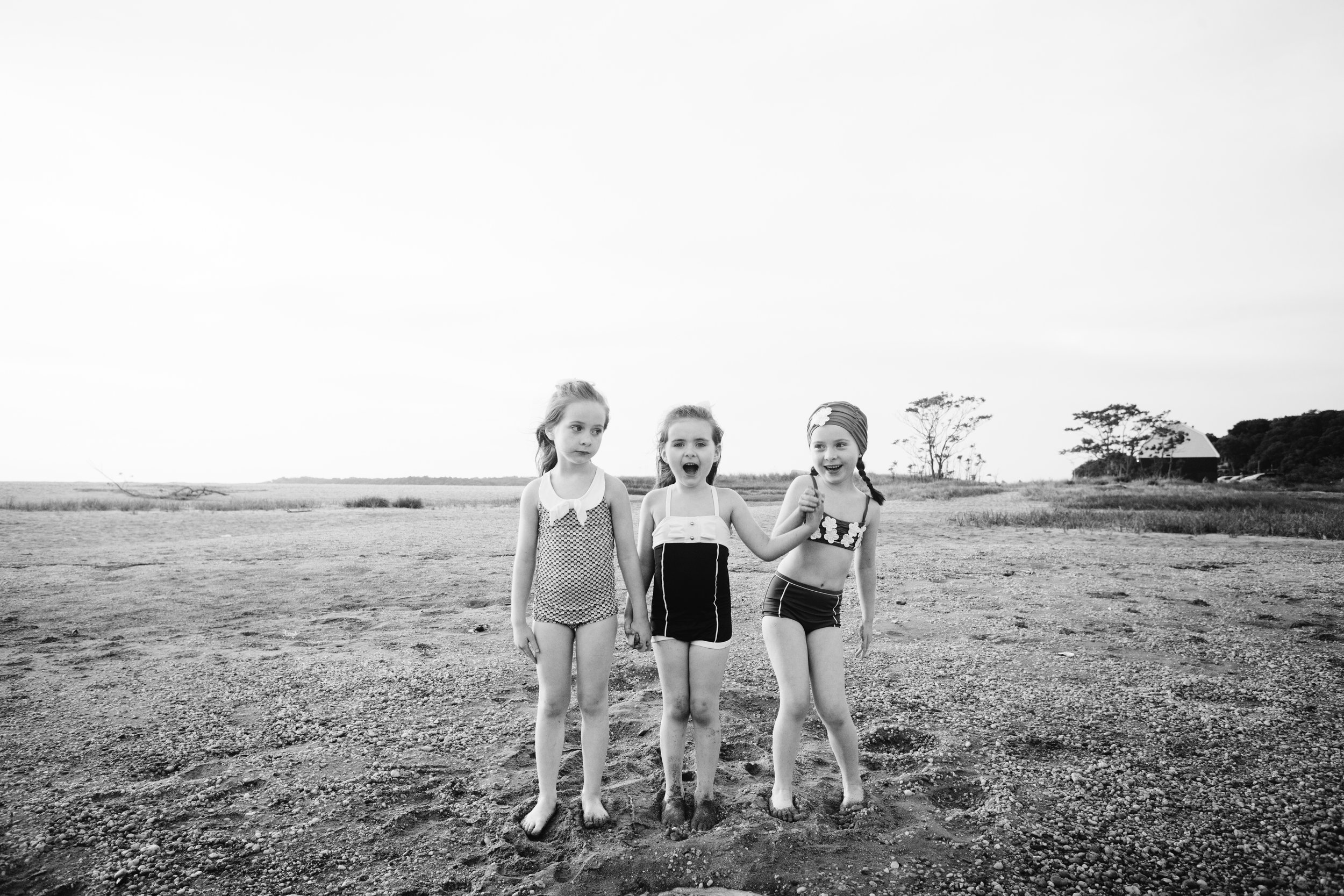 sisters beach photo session | Long Island Centerport | Jennifer Tippett
