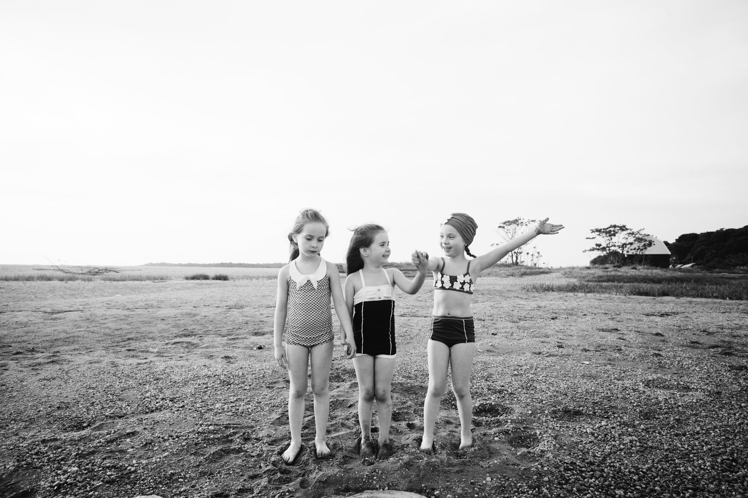twin sisters + three sisters long island photo session | Jennifer Tippett