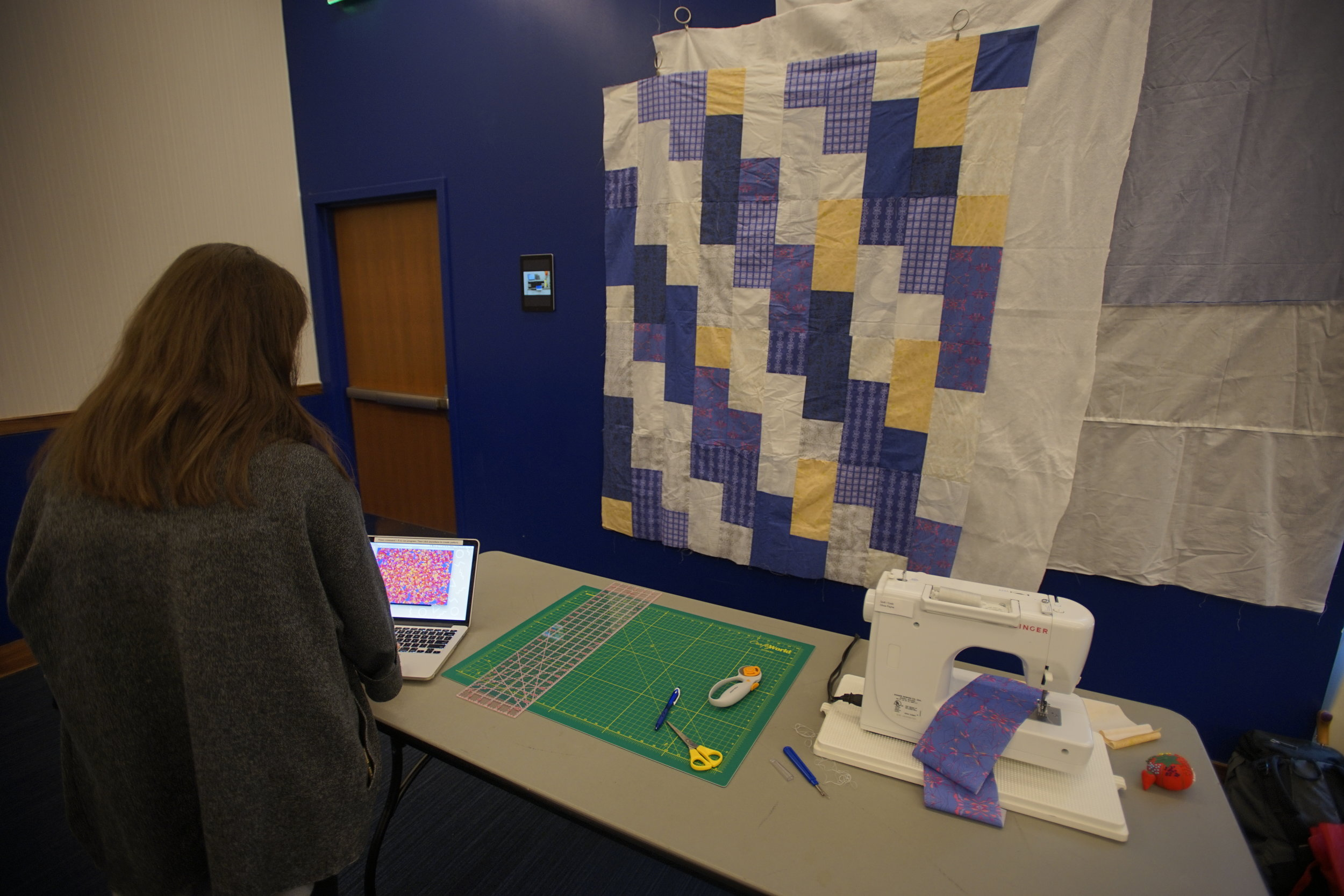 OLIVIA PAYNE - QUILT & CODE   Textile and accompanying installation.