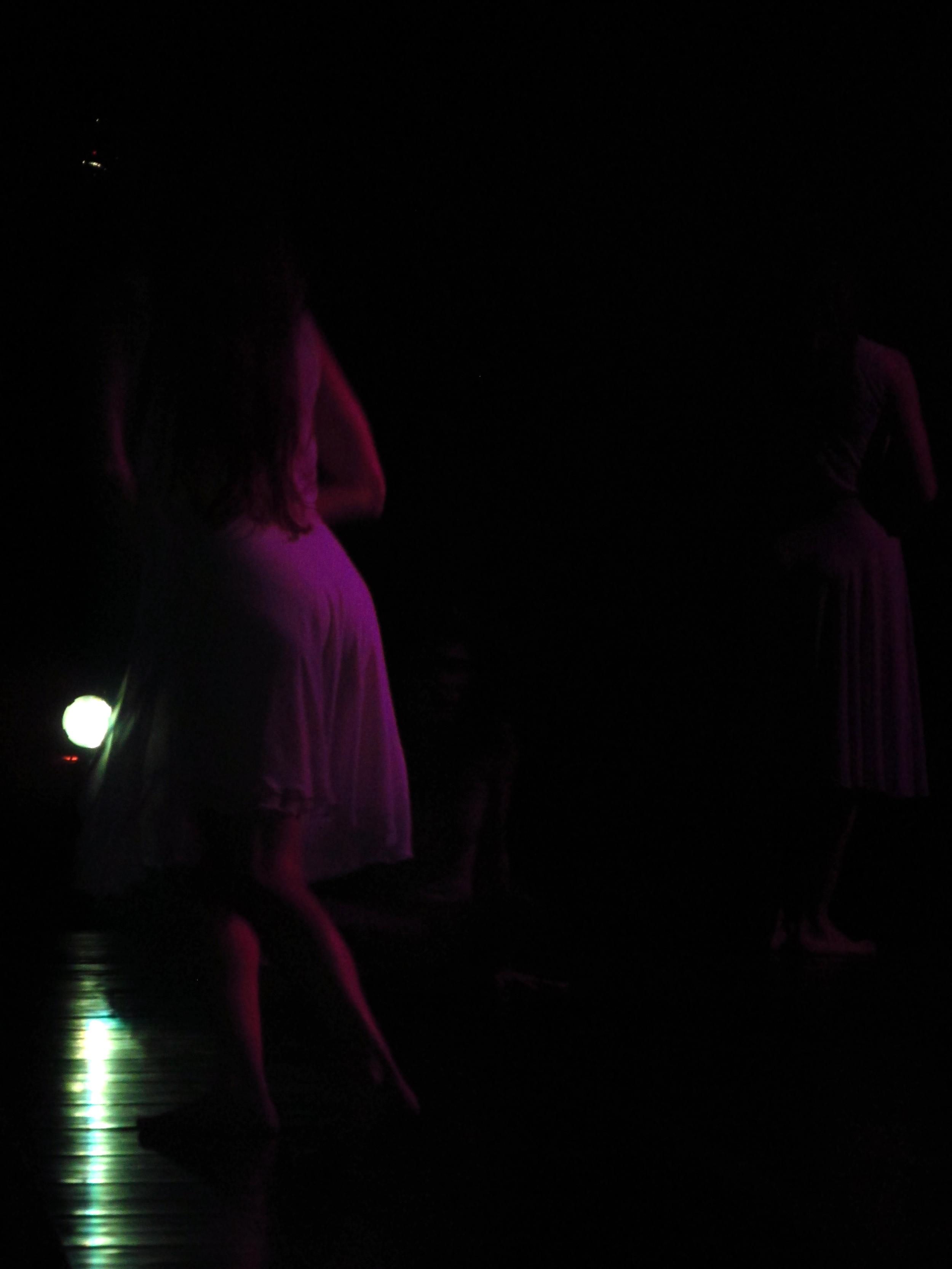 bailarina de atras.JPG