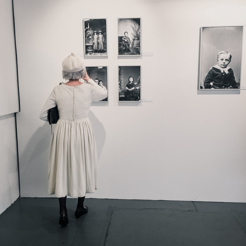 woman_in_white-2.jpg
