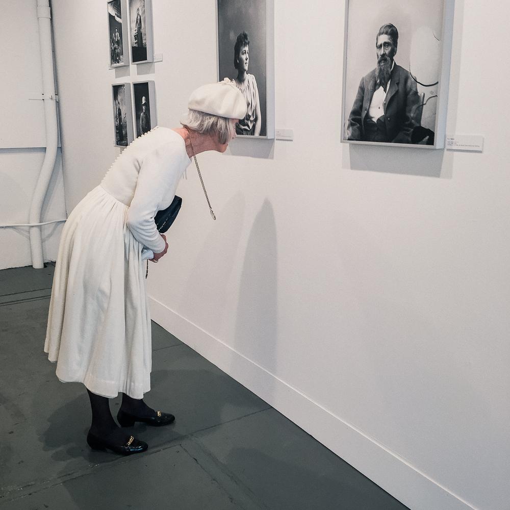 woman_in_white-4.jpg