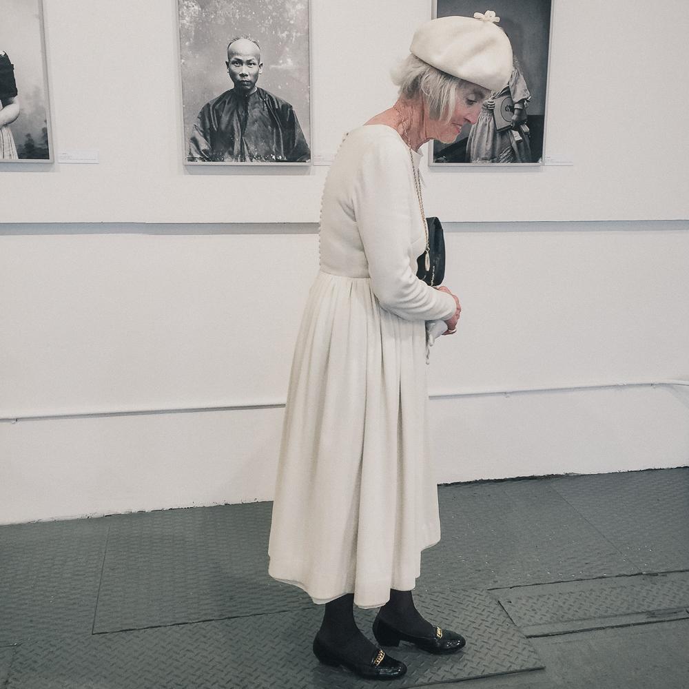 woman_in_white-9.jpg