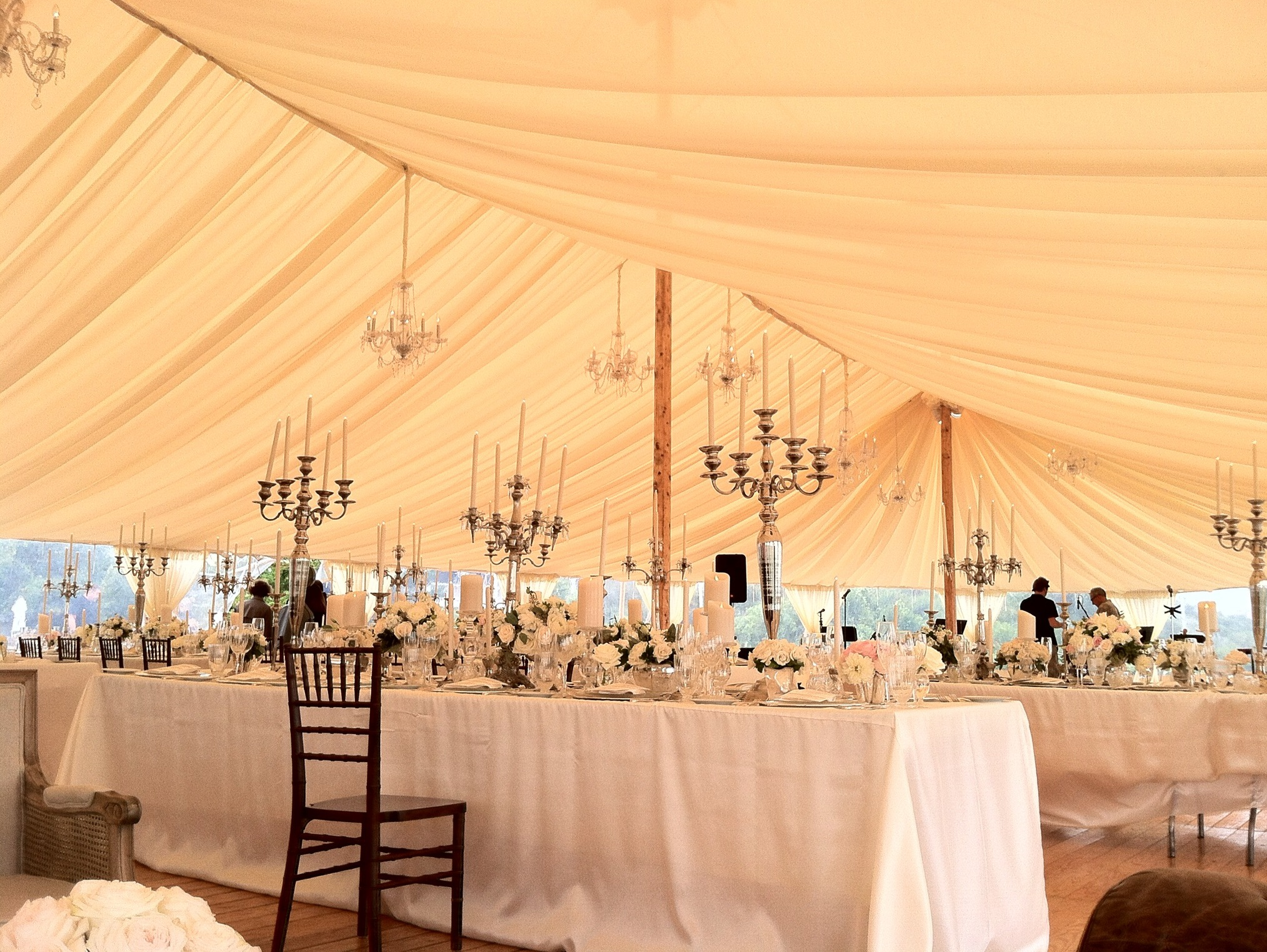 Nantucket-Tent-1.jpg
