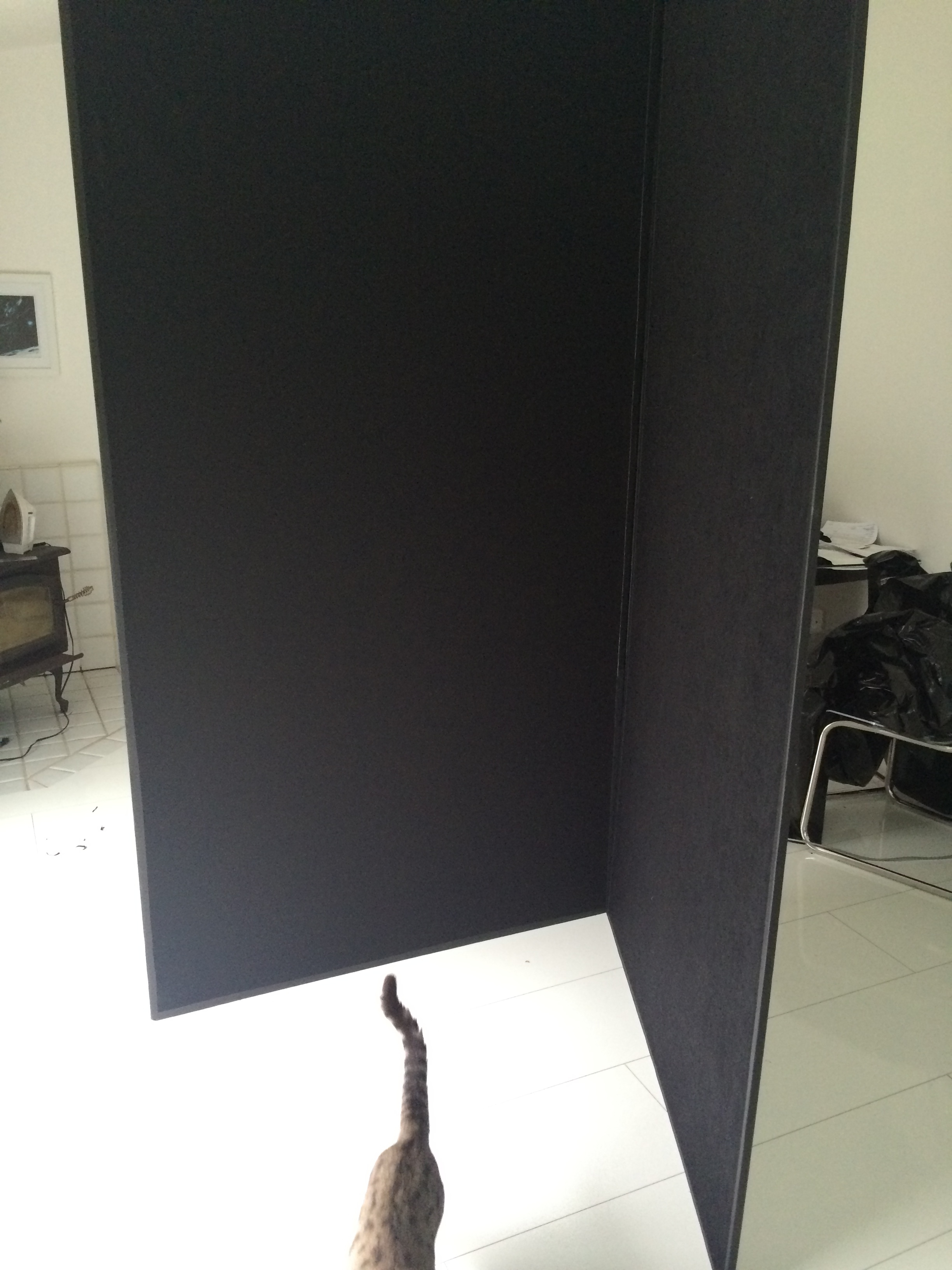 V-flats can be a huge asset to your studio, providing a perfect place to shoot that can be moved about anywhere to fit your lighting requirements. But building them, I found, can be a bit tricky.