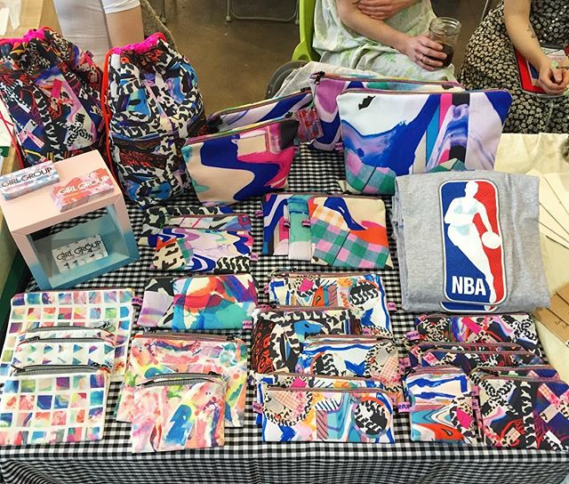 This table of chock FULL of all your baggin needs! Browse all the beauty at #pmfviii! ✨