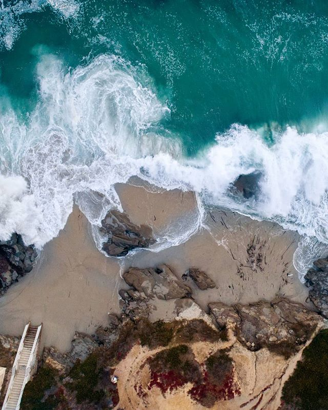 Windansea Beach in La Jolla 🌊📷 #helkeymedia  Working on another epic project with the amazing realtor @vidiljrealestate of @compass #dronelife #lajolla #realestate #agentsofcompass  Drone: #DJI Phantom 4 Pro Production Company: Helkey Media LLC Drone Insurance: @skywatch.ai Check them out they are awesome :) #notsponsored