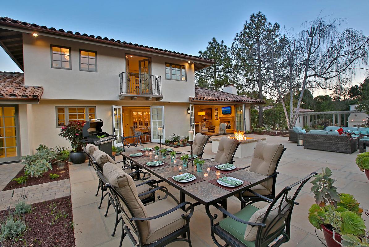 Sleeps 10 - Private Hedgegrow style in Montecito
