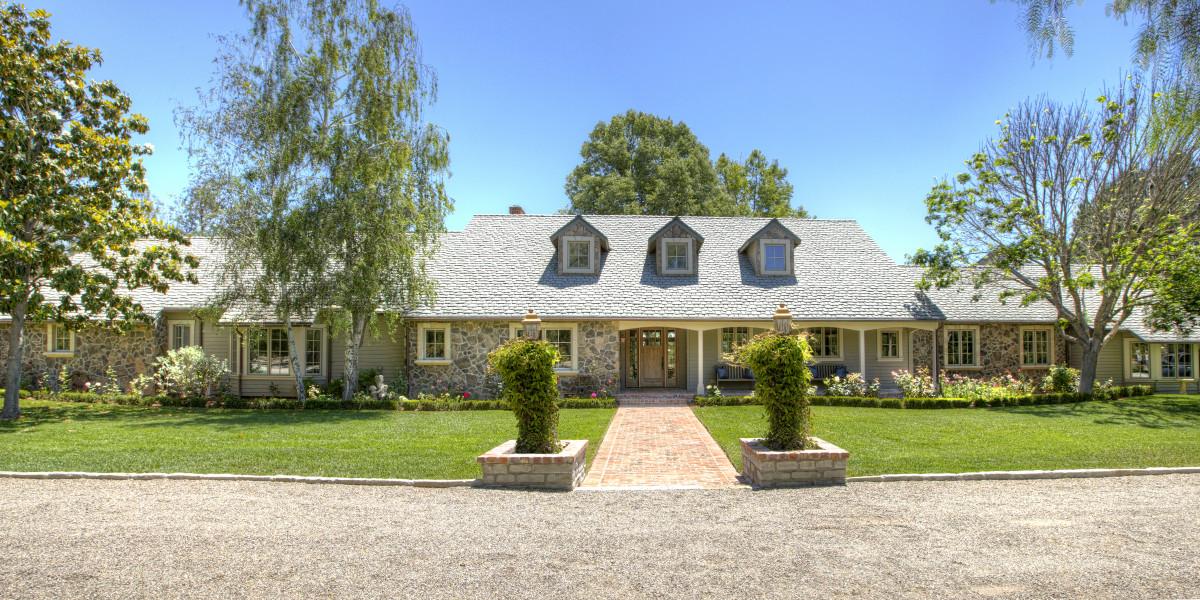 Sleeps 14 - Santa Ynez gated European style farm house
