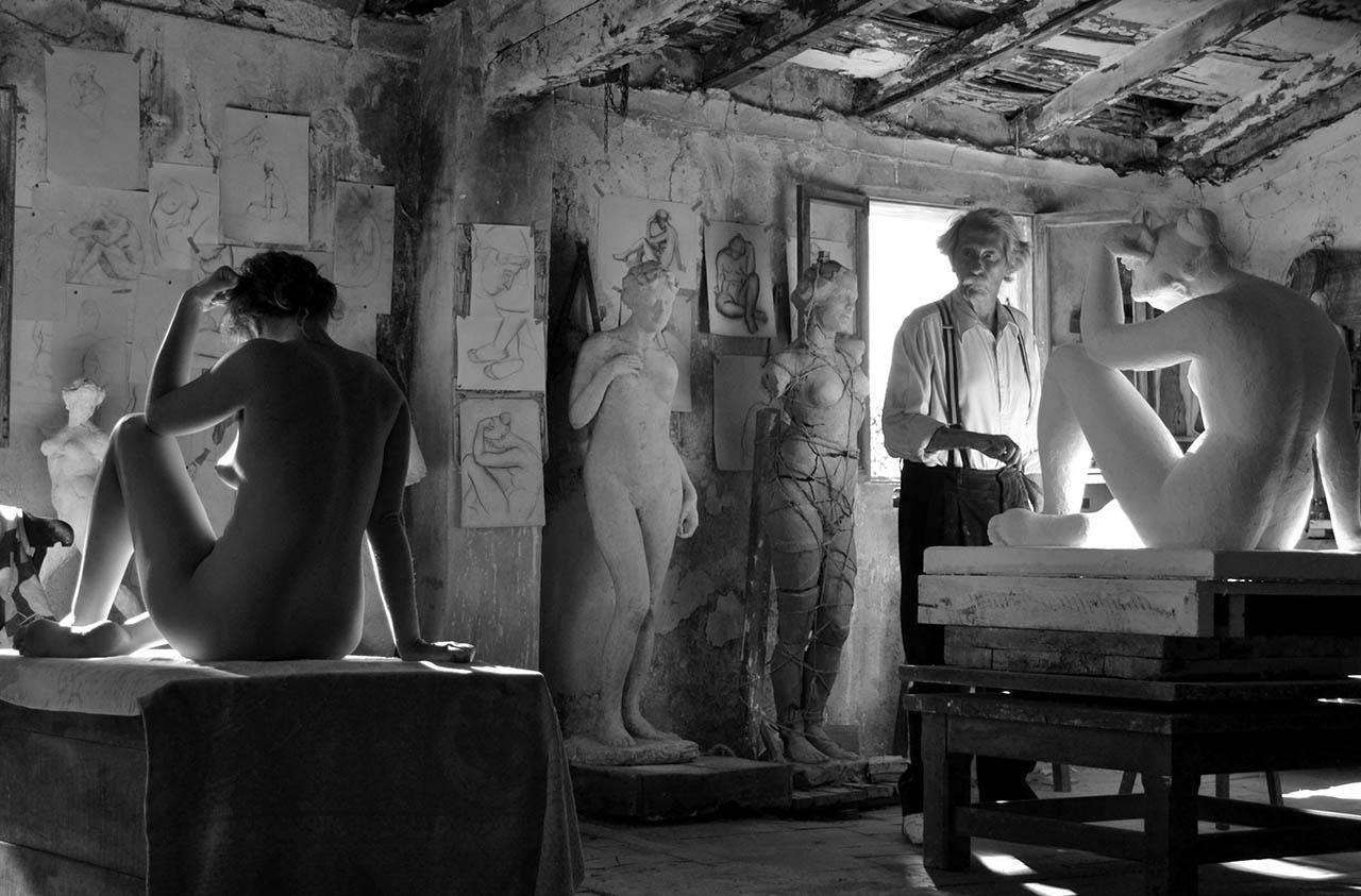 el-artista-y-la-modelo-black and white.jpg