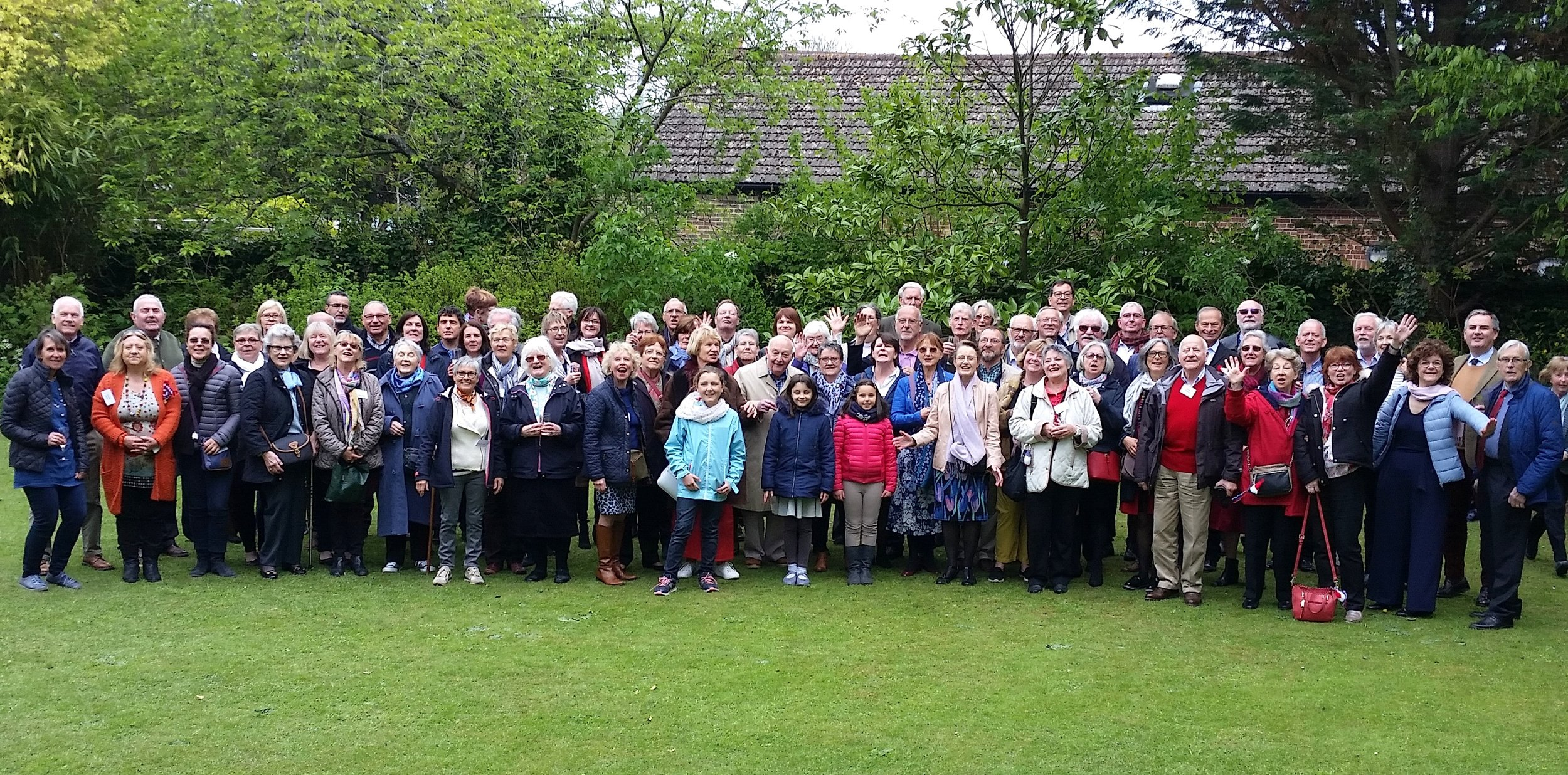 tHE fRENCH AND ENGLISH IN THE rECTORY GARDEN