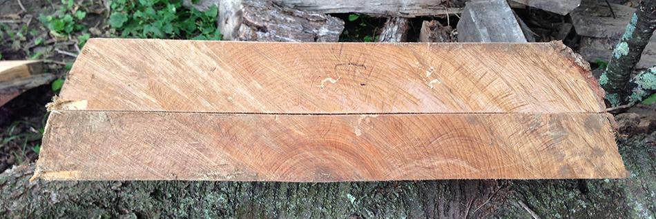 Two soft maple boards with rift sawn grain (top board) and quarter sawn grain (bottom board)