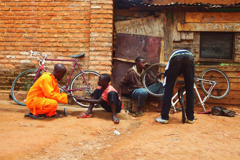 Fabrice Musafiri_bicycles_from Rw in Ph project_ZN.jpg