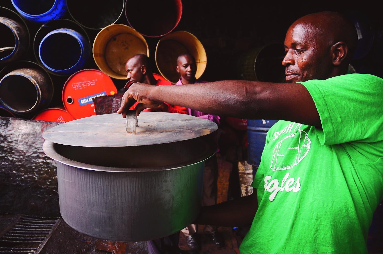 John Mbanda_green pot_from Rw in Ph project_ZN.jpg