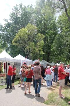 Beautiful Crowds at Artfest