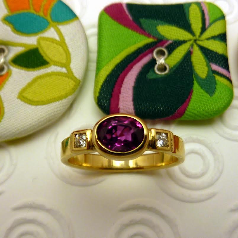 Devine Fine Jewellery7.jpg