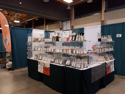 Everythingnice - Booth Display - 10 by 10.jpg