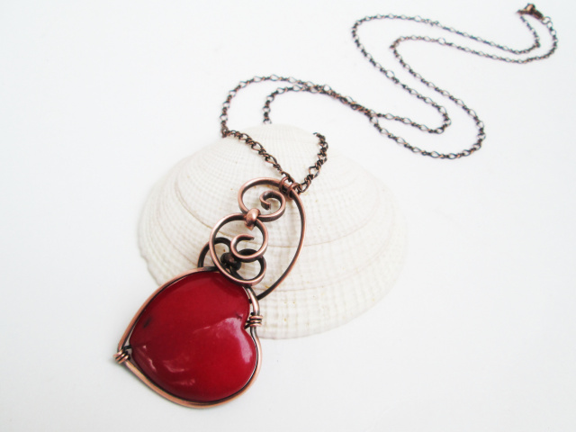 red_agate_heart_necklace-_crescent_wrap-_copper_ch_1.jpg