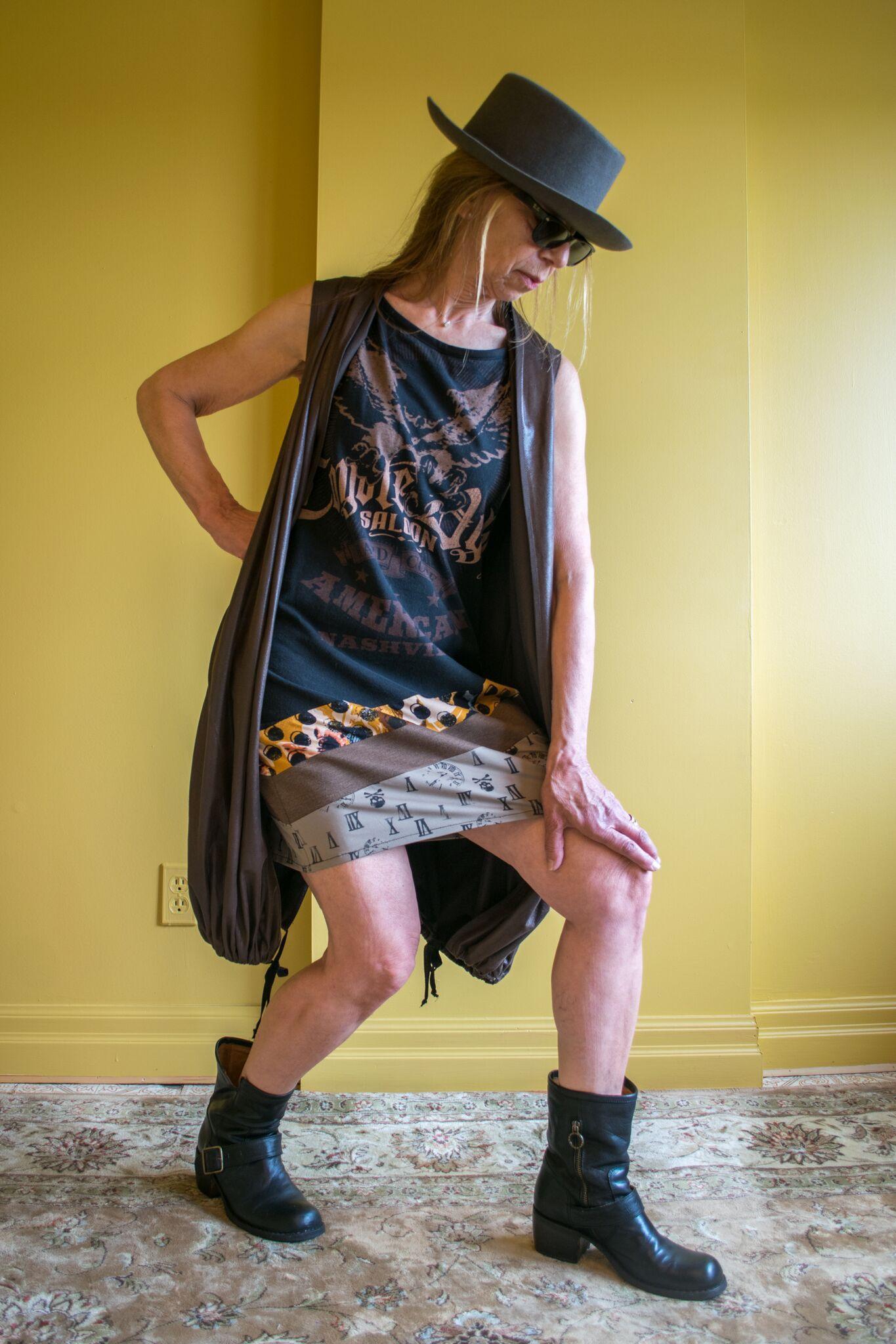 TSHIRT DRESS & VEST.jpeg