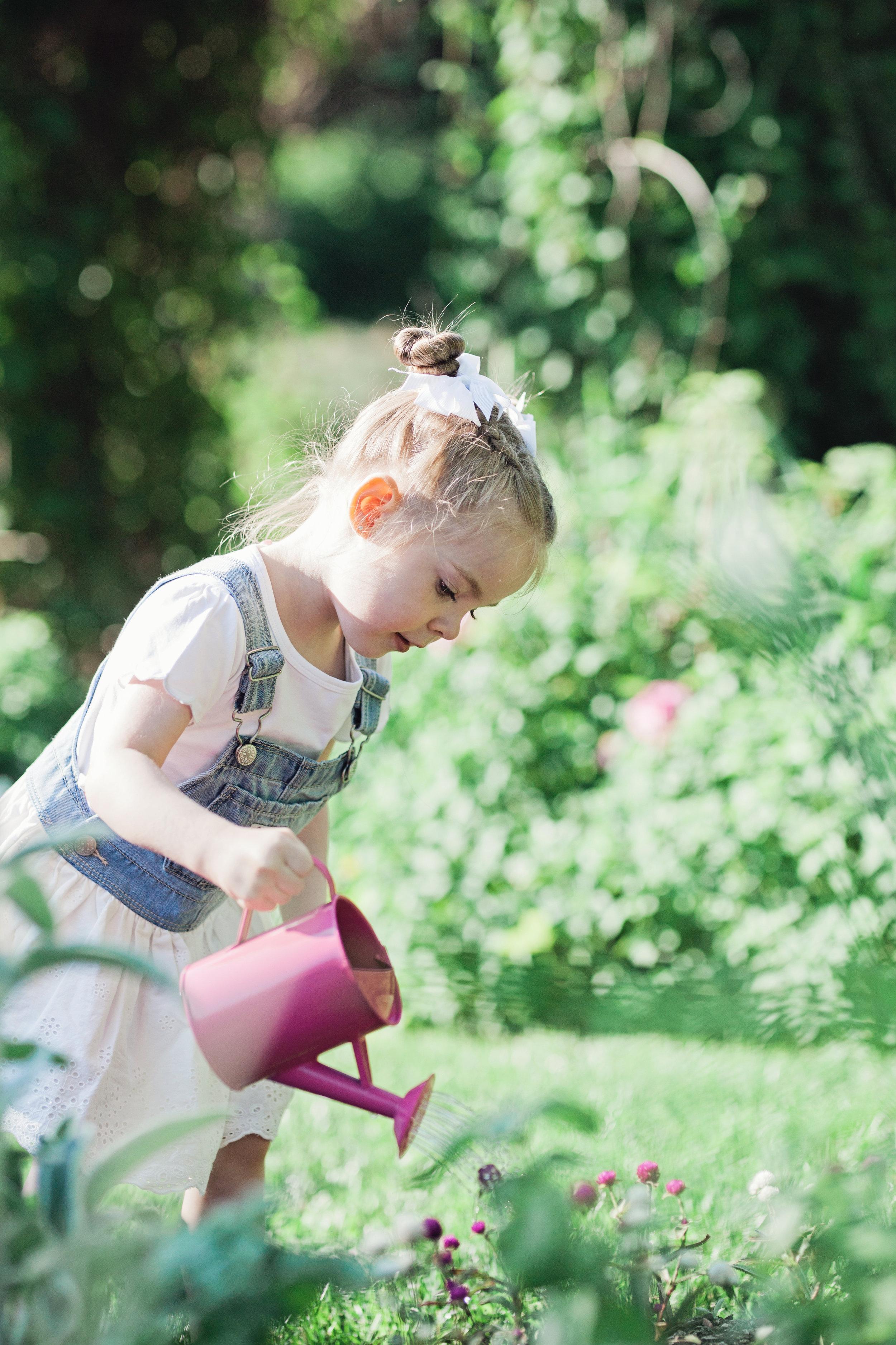 Southern Exposure-garden-children-photography-Battle Creek