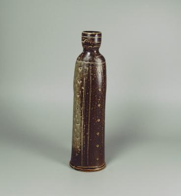 bottle 34-24 side.jpg