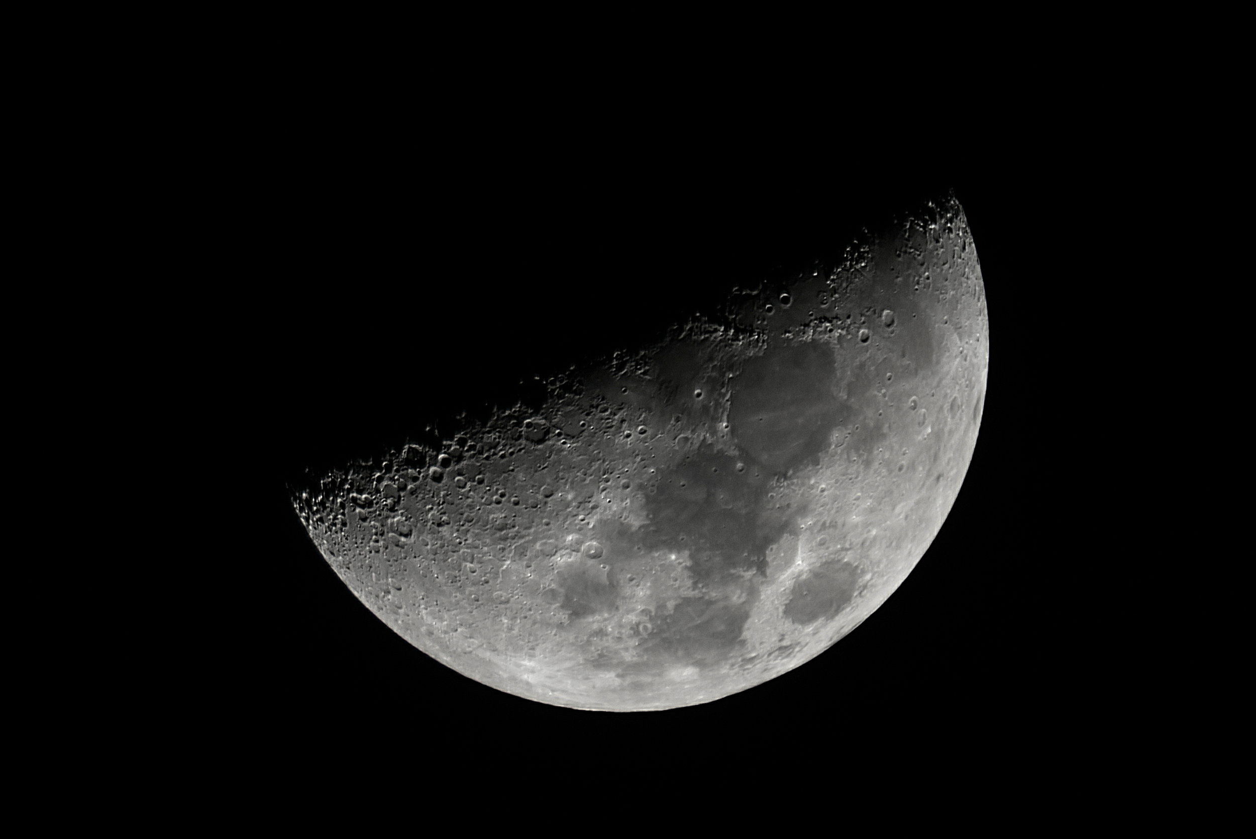 Moon Waxing Crescent 6.67 days 42% Illumination