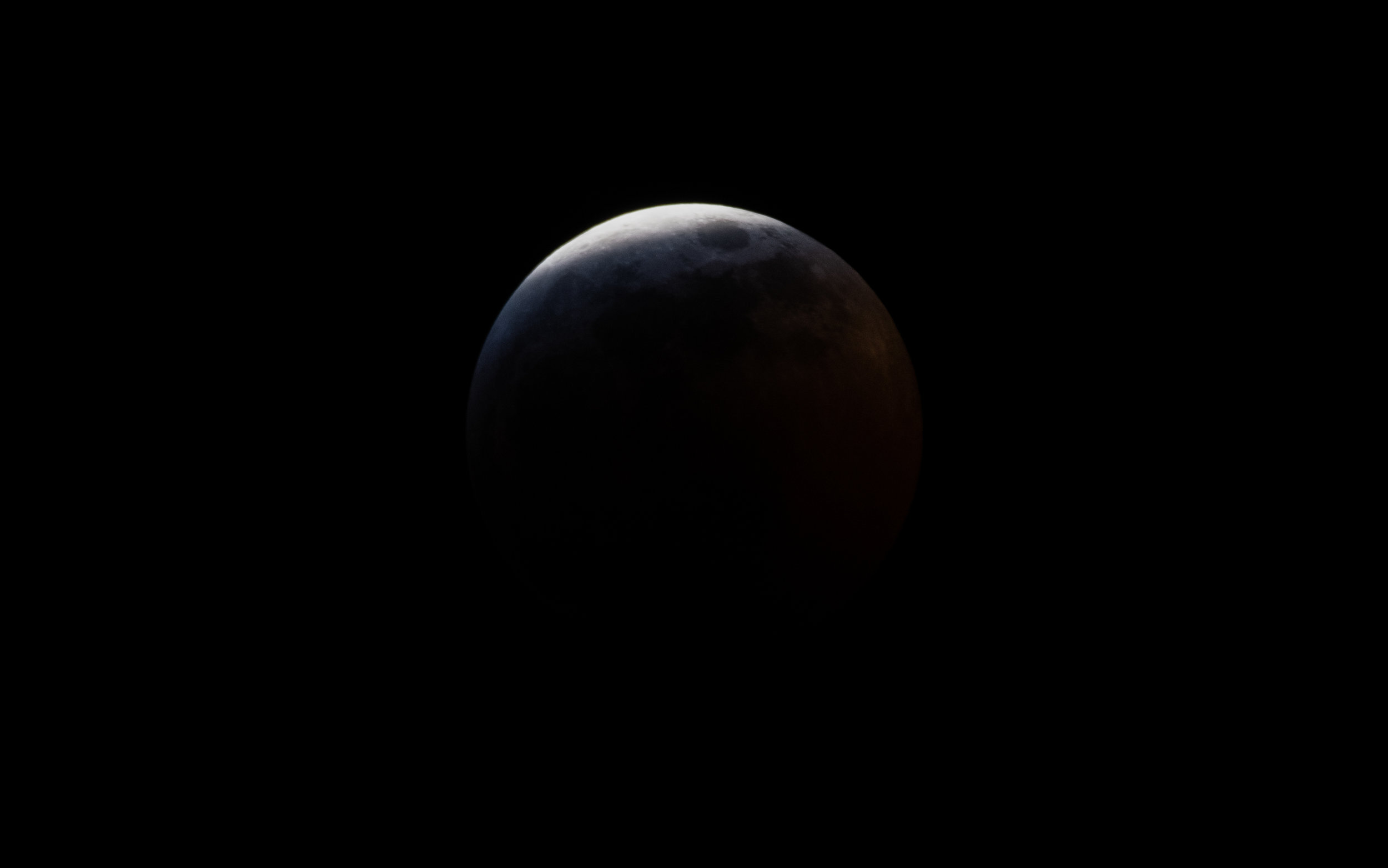 Super Blood Wolf Moon - Approaching Totality