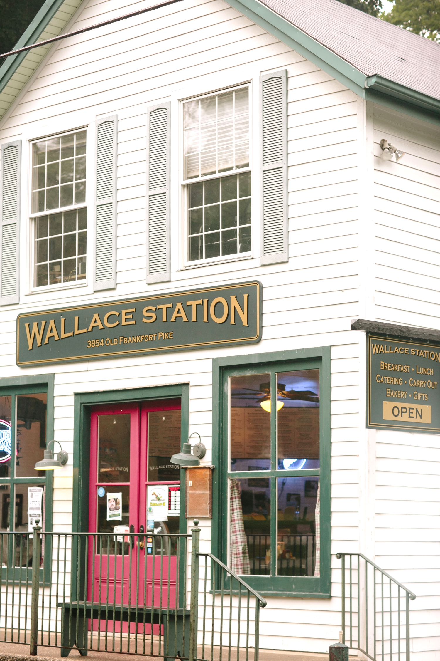 Wallace Station 02.jpg
