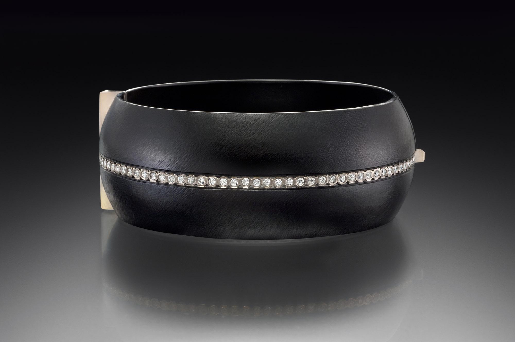Full Stripe Domed Locking Bracelet