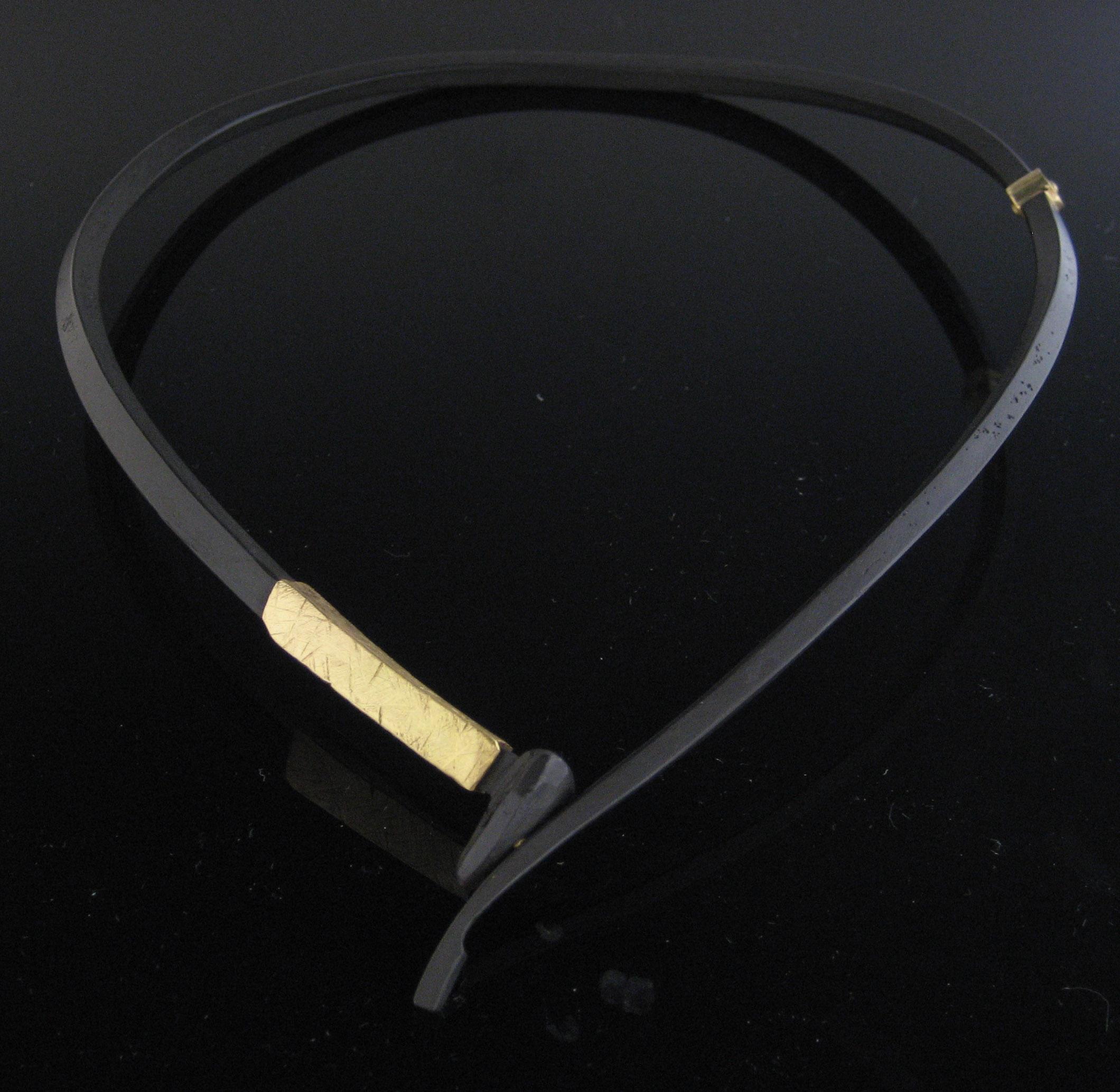 22K Collar Neckpiece