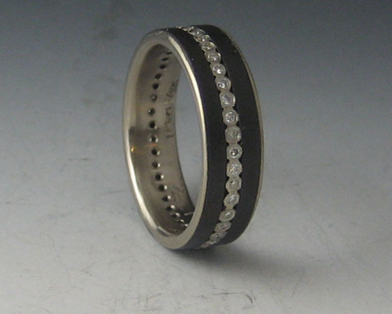 Narrow Diamond Stripe Ring with 18k White Gold Liner