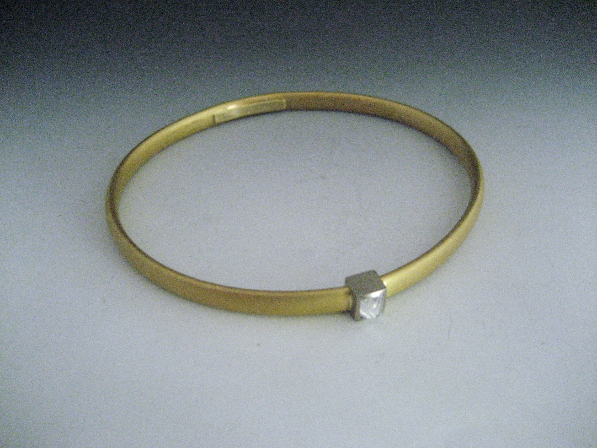 Oval Solid 22k Bangle with Octohedron