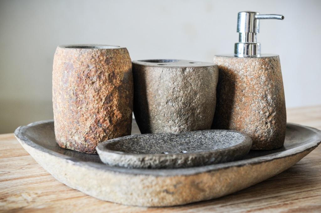 Набор для ванной из речного камня