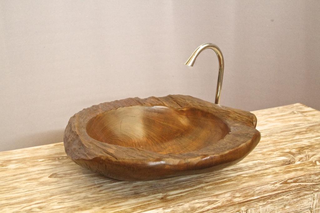 Раковина из тикового дерева