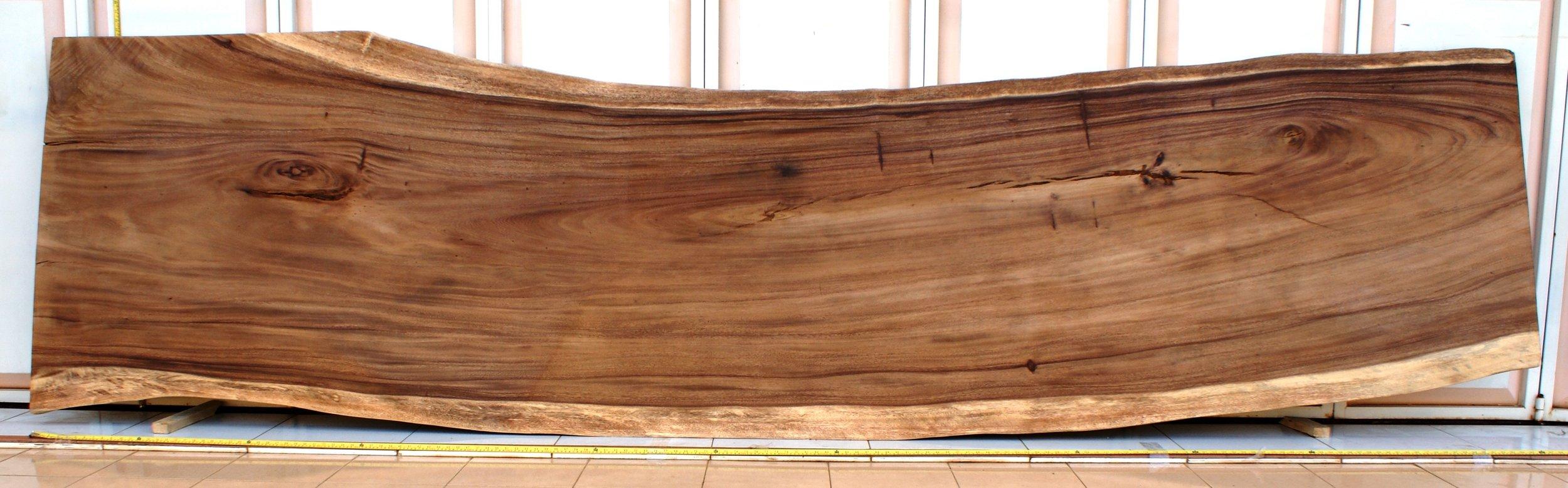 SUAR  Материал: слэб дерева  суар  Размеры: 400 x 85-105 х 10 см