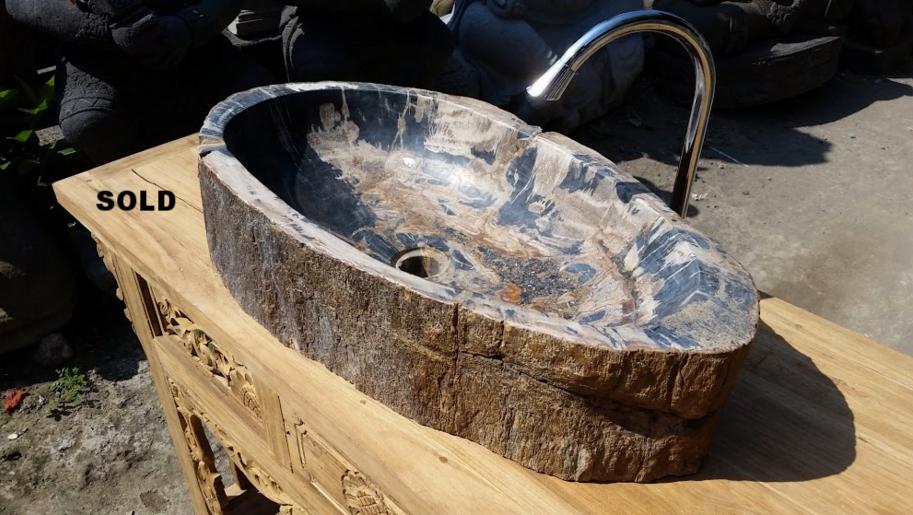раковина из окаменелого дерева овальная