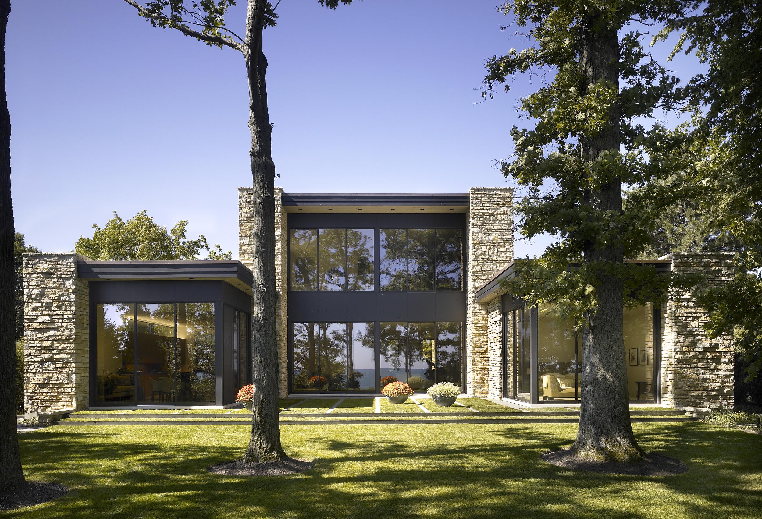 Kadlec Architecture + Design - Modern Lakefront Residence 1.jpg