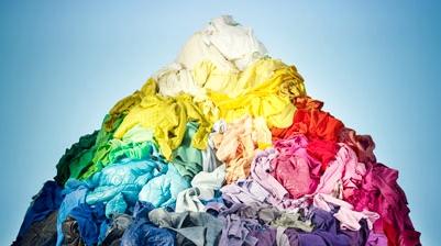 pile-of-tshirts