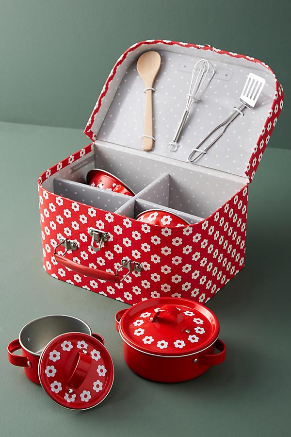 Daisy Cookware Set, $36