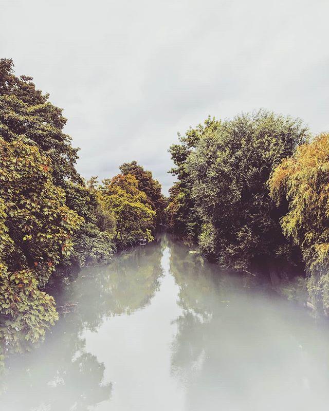 Eerie, Green, & Greyish ☁️🏙️💧 . . . . . . . . . . . . . . #marne #saintmaurdesfossés #paris #france #europe #river #googlepixel #teampixel #pixel