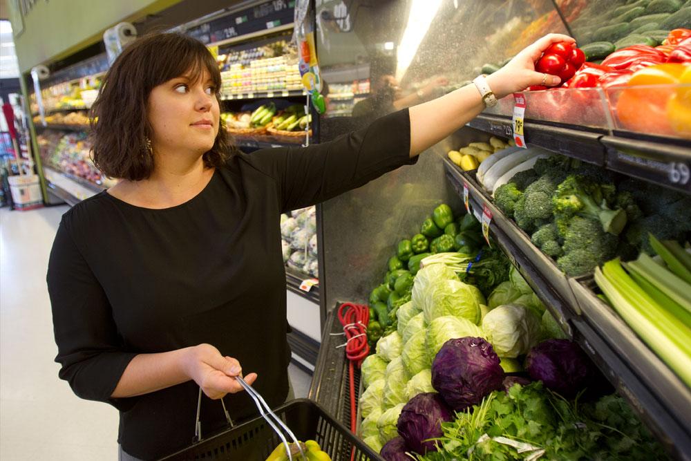 christy-shop-vegatables.jpg