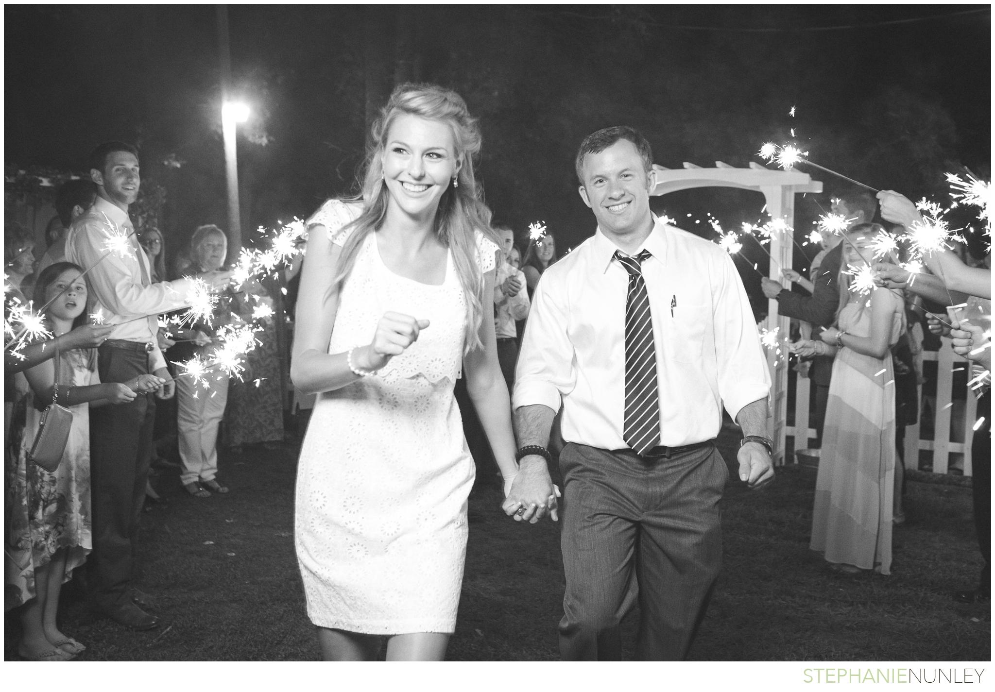 woodsy-arkansas-wedding-photos-48