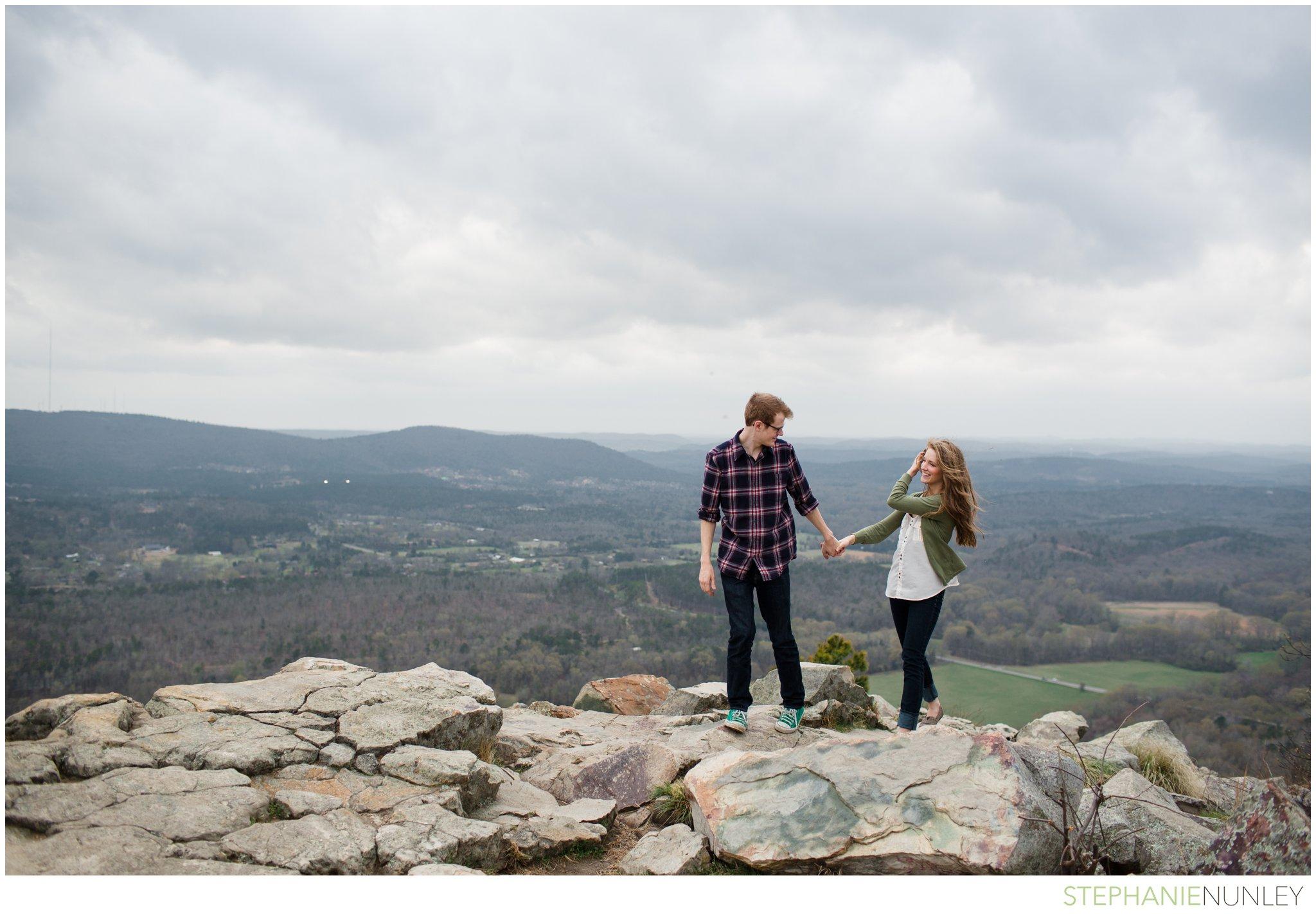 pinancle-mountain-engagement-photo-006