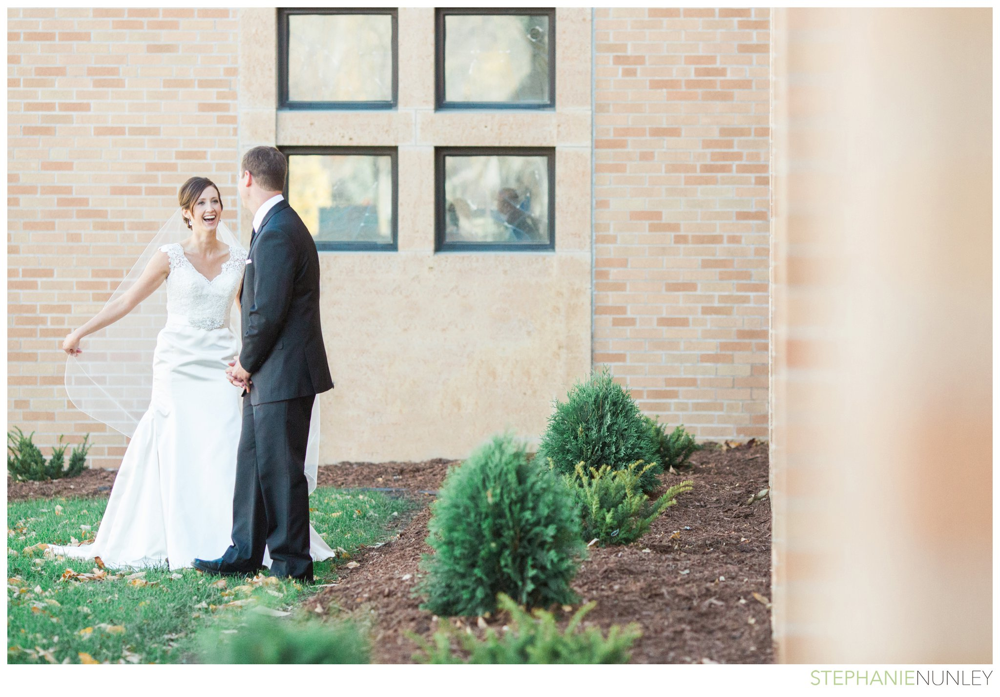 light-airy-minnesota-wedding-photography-014
